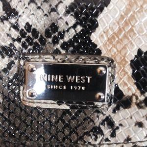 Nine West. Animal print Clutch